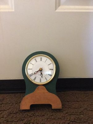Home Interior Clock - Uses 1 AA Battery for Sale in Bedford, VA