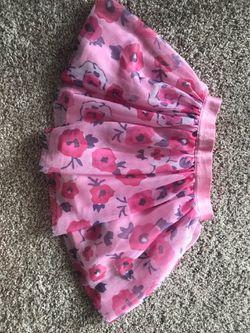 Calvin Klein Floral Skirt Size 4T Thumbnail