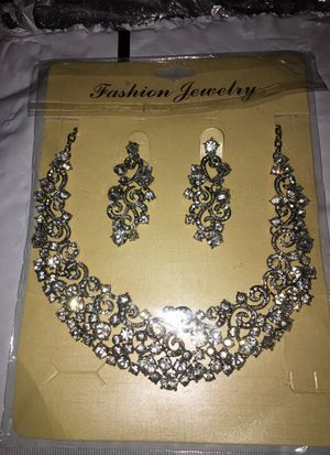 Beautiful jewelry set for Sale in Cleveland, OH