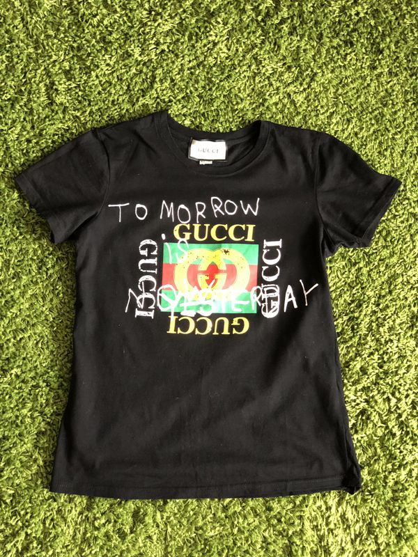 d94e078e6843 Gucci women's T-shirt for Sale in Fairfax, VA - OfferUp