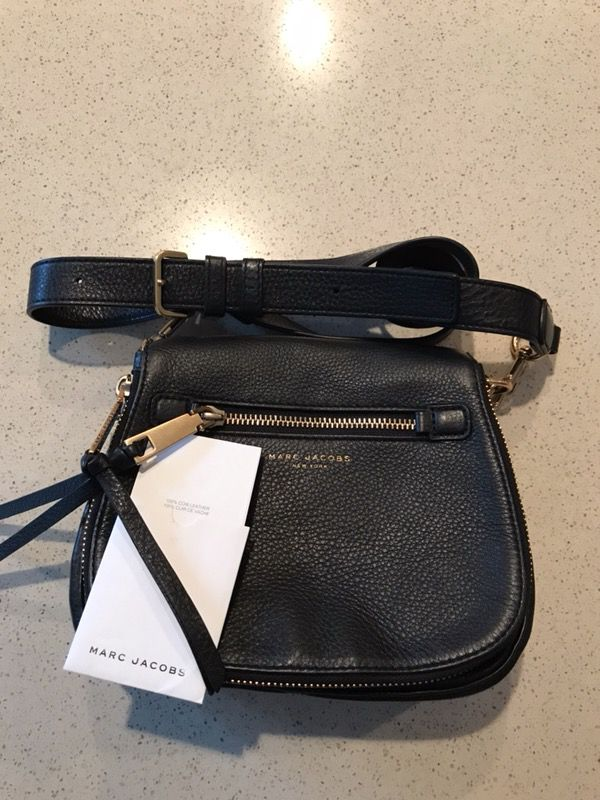 0965d56b6c06 Marc Jacobs Crossbody - Black (Small Recruit Bag) for Sale in Rancho ...