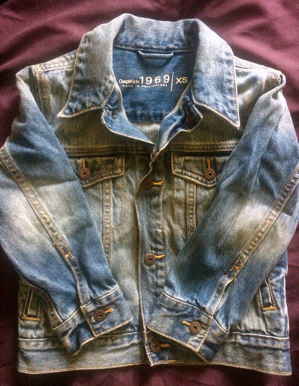 fbf495aa9 Gap Little boys fall denim rain jackets size 5 for Sale in Getzville