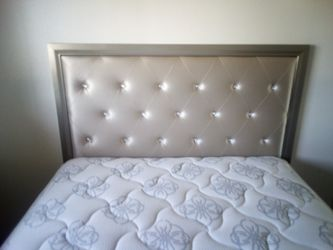 NuevoNew$315 Queen Size Matress and bedframe Thumbnail