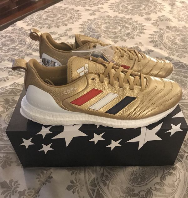 new arrival 32f32 134a4 Kith x Adidas Soccer Copa Mundial 18 Gold Ultra Boost Mens Sz 10 and 11
