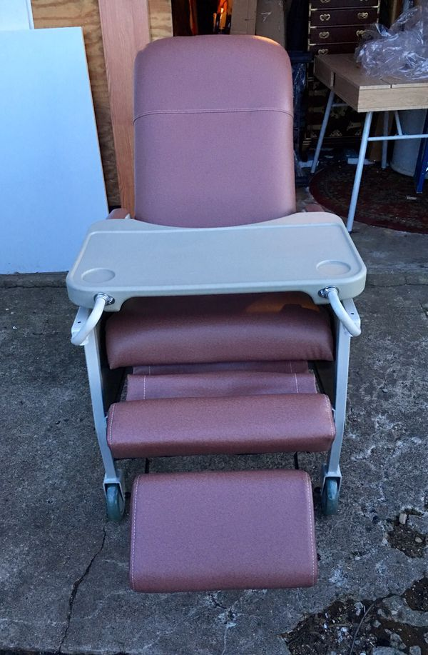 Superb Drive Medical 3 Position Rosewood Geri Chair Recliner D574 R For Sale In Liberty Tnsp Oh Offerup Download Free Architecture Designs Scobabritishbridgeorg