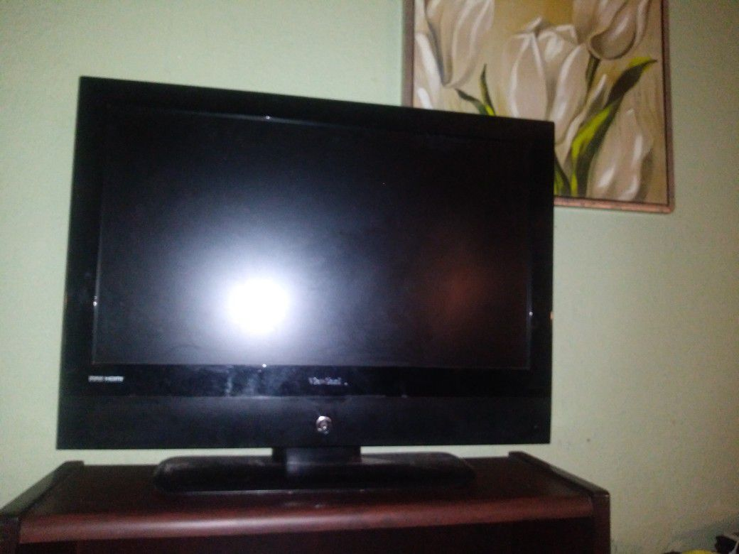 """Tv 28"""" Bought For 40$ On This App Wasn't Ever Able To Program So Just Got New One"""