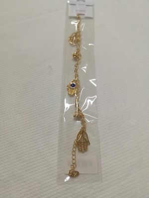 Stylish and trendy Hamsa Hand with Eye for Sale in Dale City, VA