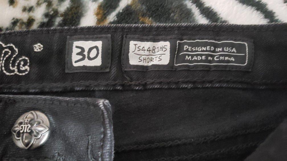 Women's Miss Me Shorts Size 30. $35. Pickup In Oakdale
