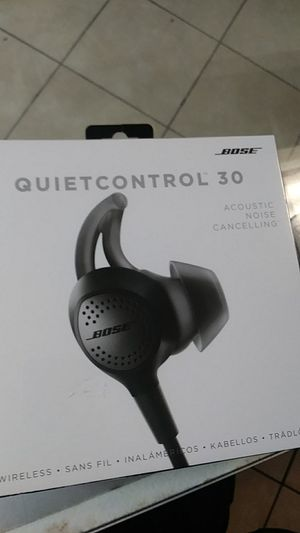 Bose quietcontrol 30 brand new for Sale in Philadelphia, PA