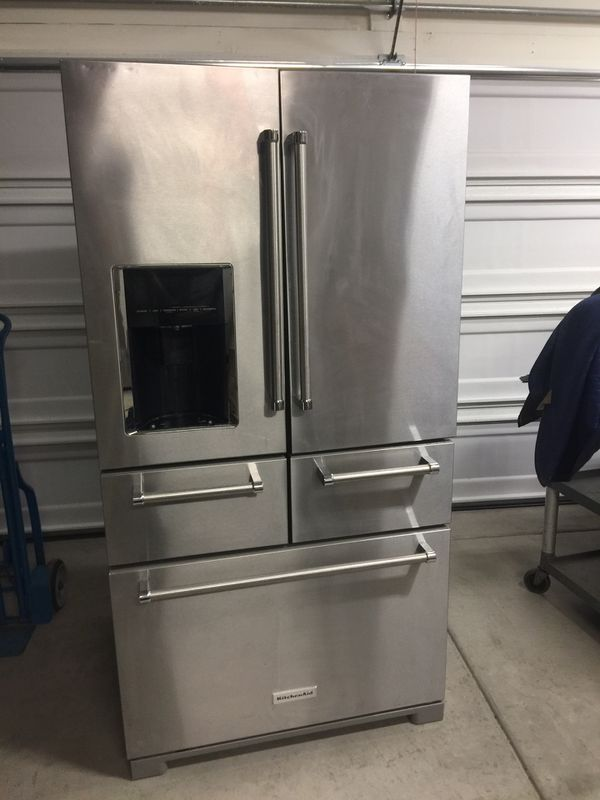 KitchenAid Refrigerator. (Not staying cold) for Sale in Sacramento, CA -  OfferUp