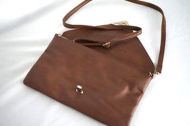 Brown handbag Thumbnail