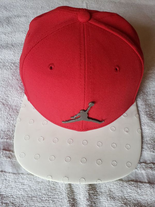 b96a01a2ca6288 ... clearance red jordan hat for sale in south jordan ut offerup 58a7b 920fb