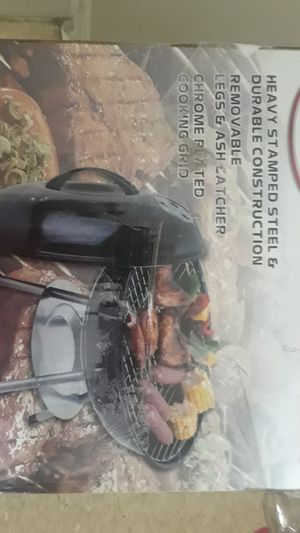 Portable bbq with charcoal and lightwr fluid for Sale in Detroit, MI