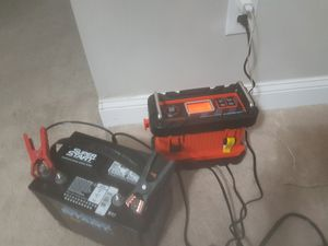 Battery charger and battery for Sale in Detroit, MI