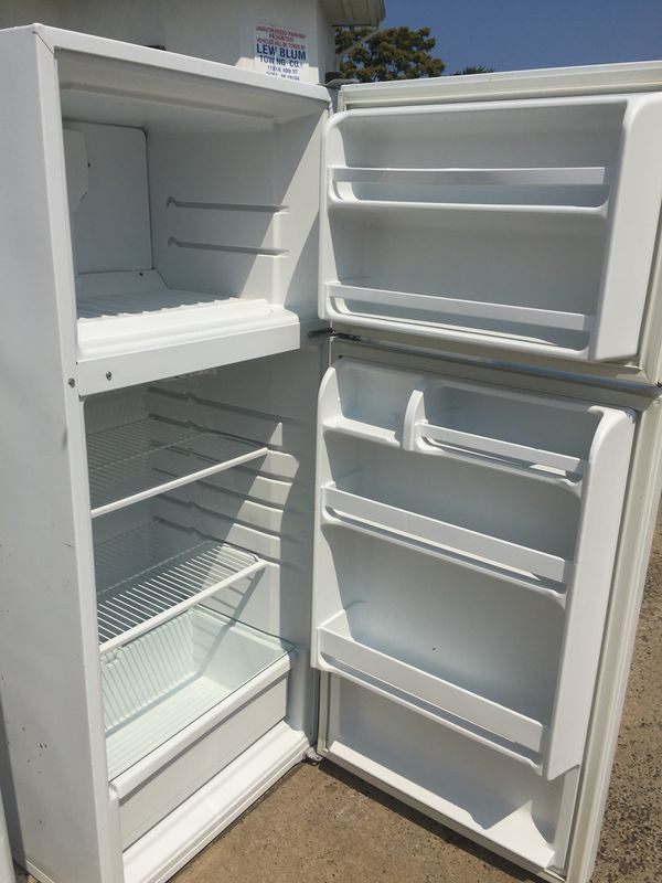 White Refrigerator Apartment Size (WHIRLPOOL) for Sale in ...