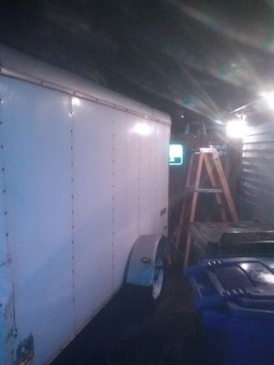 10 by 6ft enclosed trailer for Sale in Columbus, OH