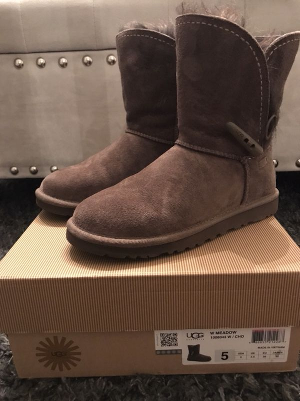 46369d3d202 UGG Meadow Women's Boots Size 5 for Sale in San Jose, CA - OfferUp