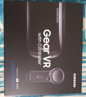 Samsung gear VR with controller for Sale in Reston, VA