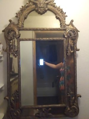 Wooden carved mirror for Sale in Las Vegas, NV
