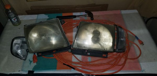 Toyota Tacoma Headlights And Side Lamps