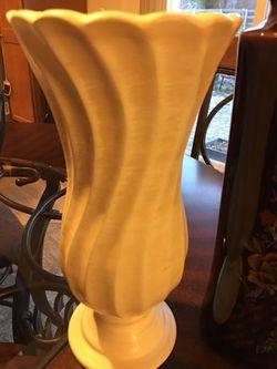 Lot of 3 vases 1 Haeger Thumbnail