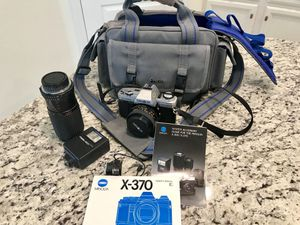 Minolta SLR X-370 35 mm film camera, + separate zoom lens, separate flash + timer and case for Sale in Bradenton, FL