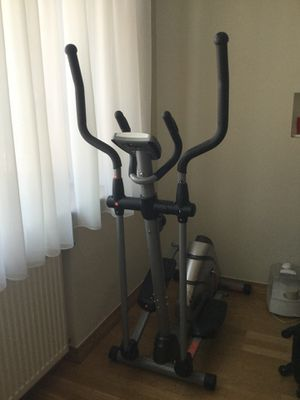 Elliptical exercise machine. for Sale in Arlington, VA