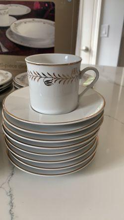 Martha Stewart every day 20 piece dinnerware set Thumbnail
