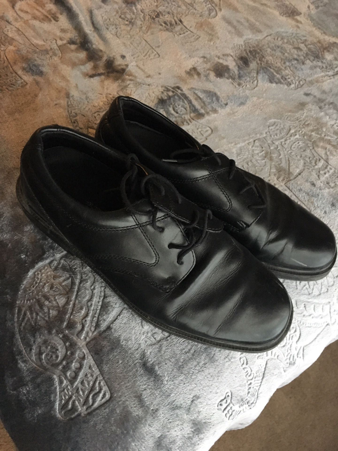 Nunn Bush slip resistant shoes