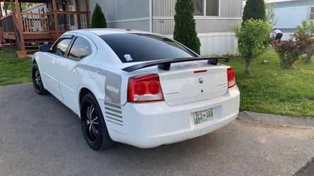 2010 Dodge Charger Thumbnail