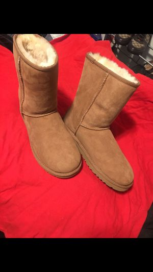 09c4a67962e New and Used Ugg boots for Sale in Bellflower, CA - OfferUp