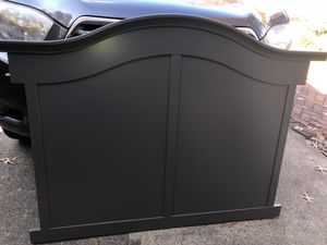 Gray Baby Crib or Toddler Bed in One for Sale in Springfield, VA
