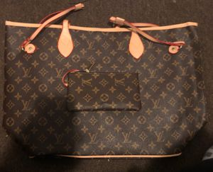 fdf75a807732 Louis Vuitton purse and wallet for Sale in Rochester