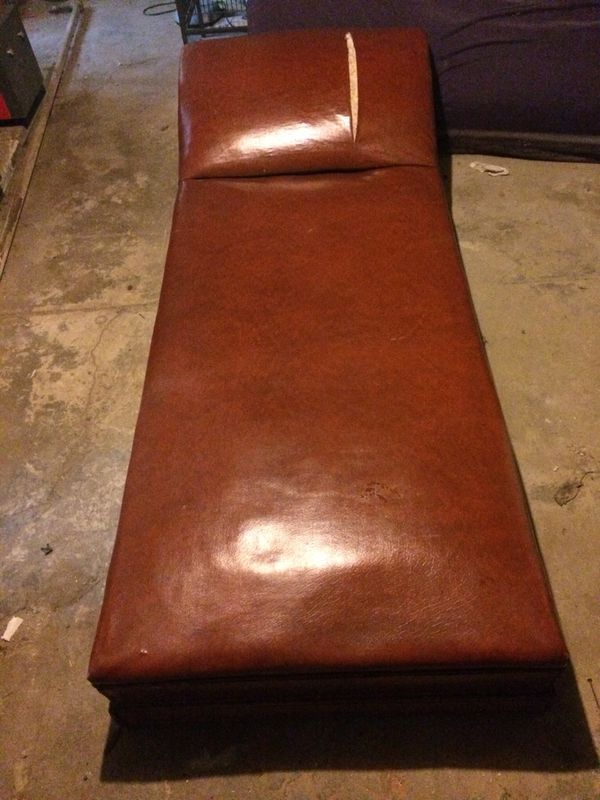 Leather Fainting Couch For Sale In Philadelphia Pa Offerup
