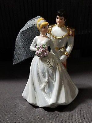 "RARE DISNEY CINDERELLA & PRINCE CHARMING WEDDING R 6"" FIGURINE for Sale in Dale City, VA"