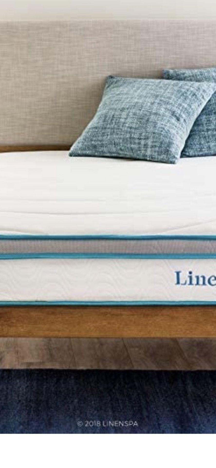 Linenspa 8 Inch Memory Foam and Innerspring Hybrid Medium-Firm Feel King Size Mattress, White