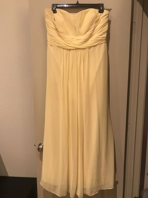 Beautiful David's Bridal Canary dress - size 20 for Sale in Alexandria, VA