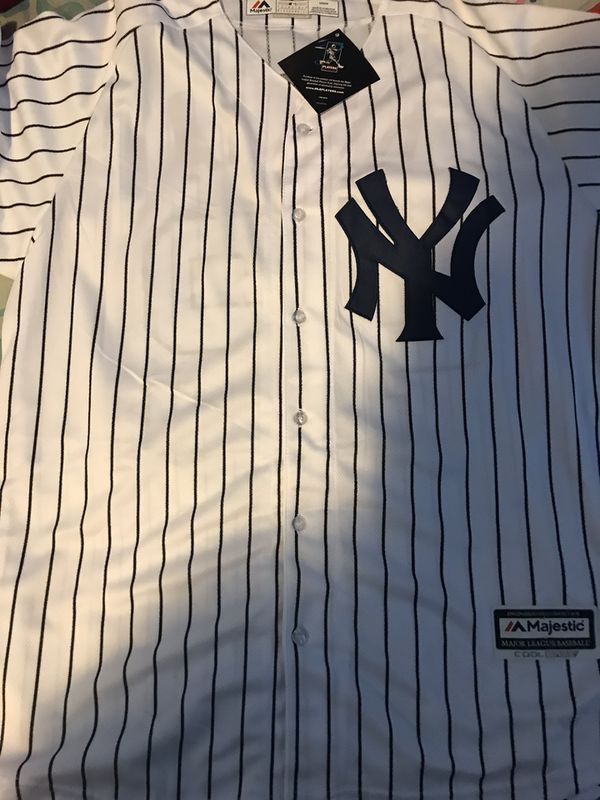 size 40 ccd62 50fe2 New York Yankees Mariano Rivera Home Jersey with Retirement patch for Sale  in Oxnard, CA - OfferUp