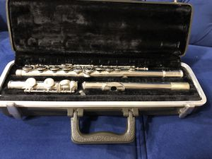 Bundy Selmer USA /band Grade Nickel Silver Flute with Original Case for Sale in Alexandria, VA