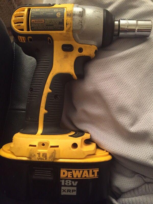 Dc820 1 2 12 7mm Cordless Impact Wrench Dewalt 18v Xrp