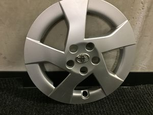 Toyota Prius hubcaps (3) for Sale in San Francisco, CA