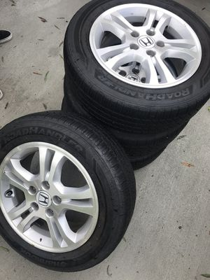 Set of 4 Honda Accord Rims with Tires for Sale in Charlotte, NC
