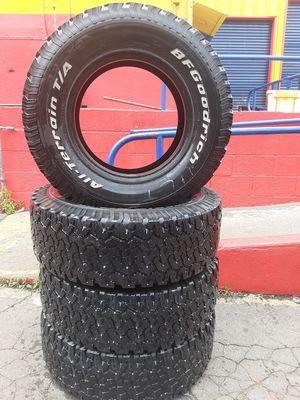 Photo Semi new tires set Bfgoodrich 265 75 16Lt