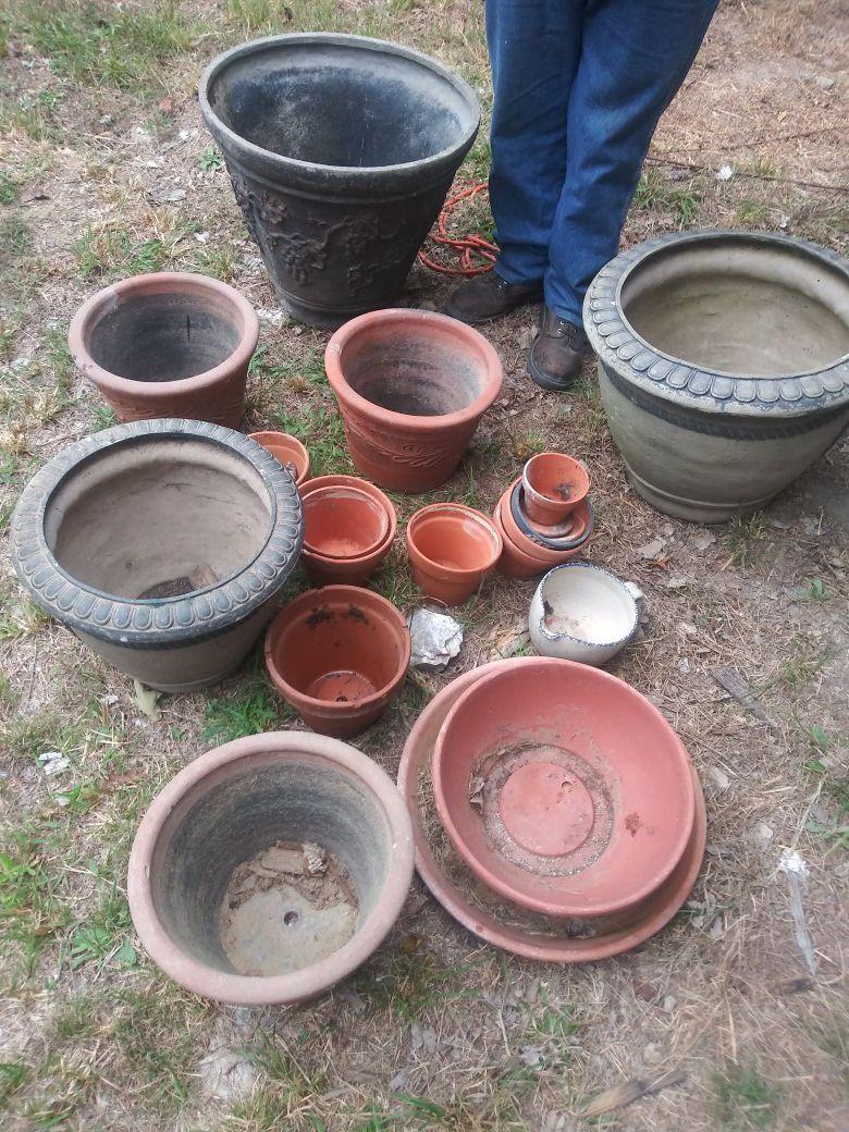 Flower pot lot plastic ceramic