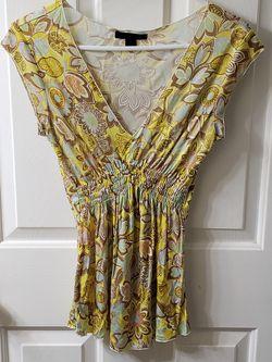 EXPRESS v-neck floral blouse Thumbnail