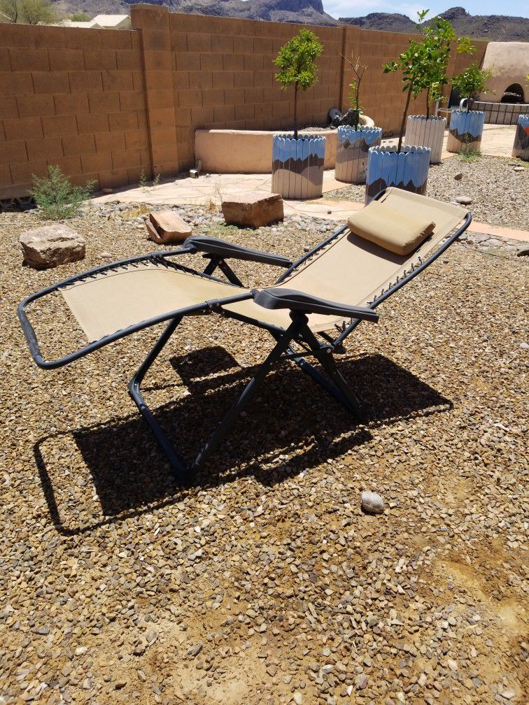 EXTRA Large Anti-Gravity Lawn Chair