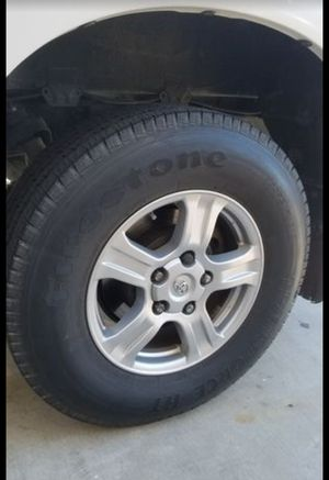 Photo 18 inch tires and wheels. Tundra