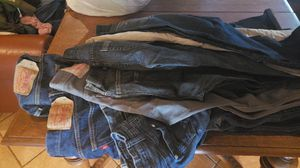 Levi's and more 30 dls must take all, (not all at Levi's) 10 pieces for Sale in Apple Valley, CA