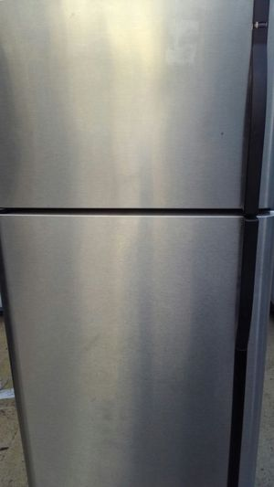 Stainless refrigerator top freezer and ice maker for Sale in Falls Church, VA