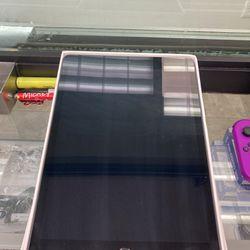 iPad 8th Gen. (128GB) *PARTS* Thumbnail